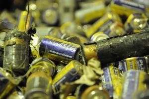 Утилизация батареек для бытовых приборов